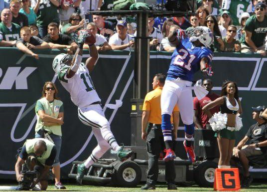 Jeremy Kerley catches his first touchdown of the game, as the New York Jets defeated the Buffalo Bills 48-28 at MetLife Stadium.