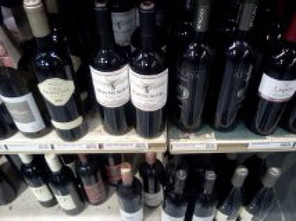 Wine sells quickly in Ontario as bottles clear off of the shelves at this LCBO in Scarborough. Convenience store operators wouldn't mind a share of these profits.