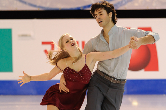 Kaitlyn Weaver and Andrew Poje of Waterloo, ON performing their free skate at the 2012 ISU World Championships