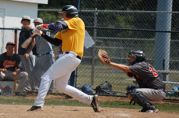 Stingers' first baseman Troy MacCallum takes a swing at a tournament last year in Ohio
