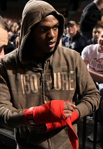 Jon Jones returns to the Air Canada Centre at UFC 165
