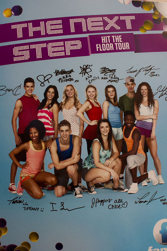 Six members of the cast of The Next Step appeared at Scarborough Town Centre at 2 p.m. on Oct. 19 for their The Next Step: Hit the Floor Tour.