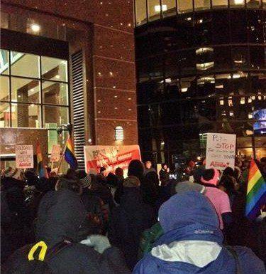 Protestors march in Toronto against Russian anti-gay laws/Leandro Diaz-Matas Toronto Observer