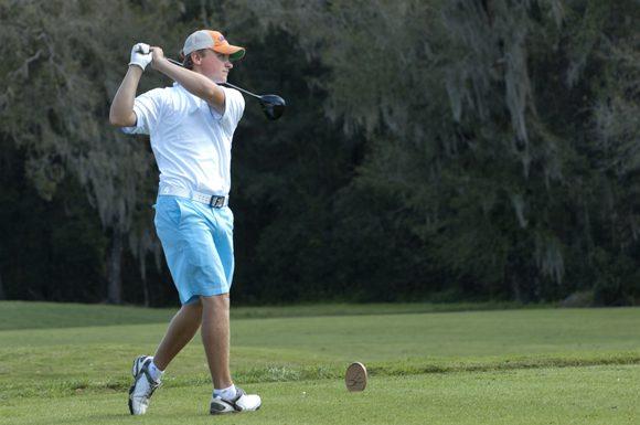 Nova Scotia's Eric Banks tore up Florida's Lake Jovita Golf and Country Club on Monday, shooting a four-under par 68.