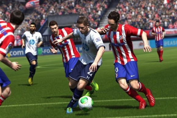 Tottenham Hotspur battle with Atletico Madrid in FIFA 15 (screenshot)