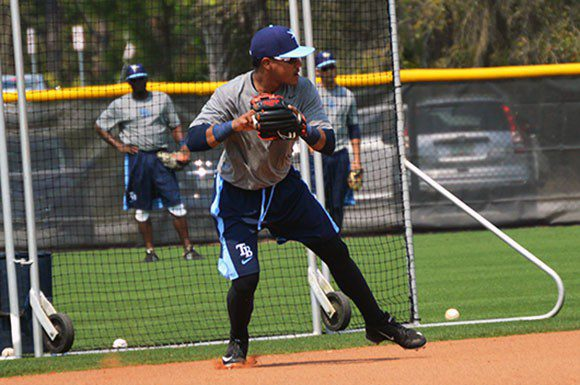Rays infielder Juniel Querecuto is looking forward to improve his offence in the spring training.