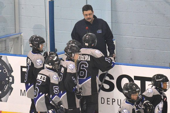 """Respect in sport"" program aims to teach parents not to put excessive pressure on their kids playing minor hockey."