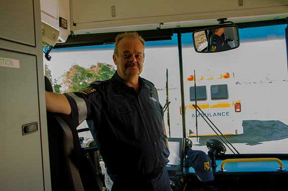 Paramedic Ron Saunders in  Bus 2
