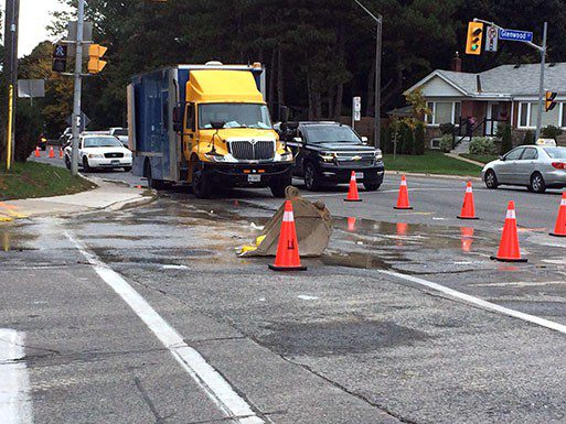 Broken water pipe at O'Connor Drive and Glenwood Crescent causes lane closure.
