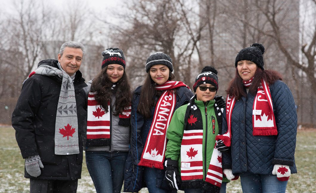 Paniz Moradi Zadeh, 2019 LORAN Scholar with her family.