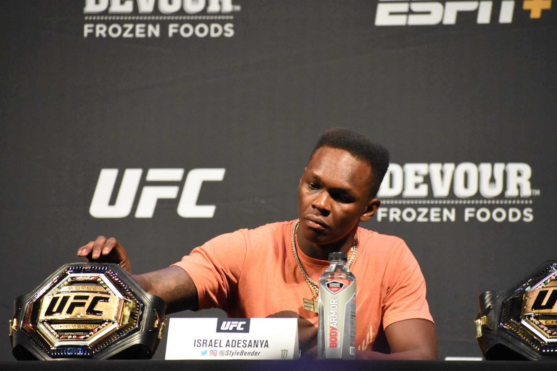 Israel Adesanya vs Robert Whittaker middleweight title fight confirmed for UFC 243